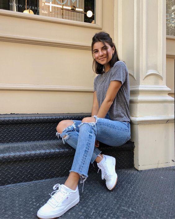 Mix quần jean với áo thun