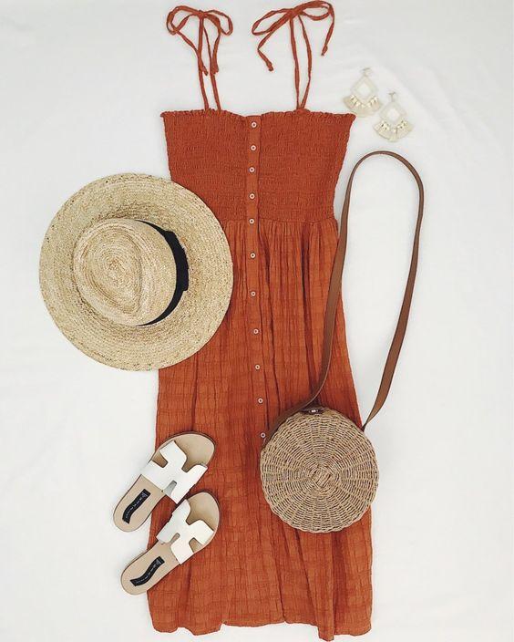 Đầm dây kết hợp túi giày mũ