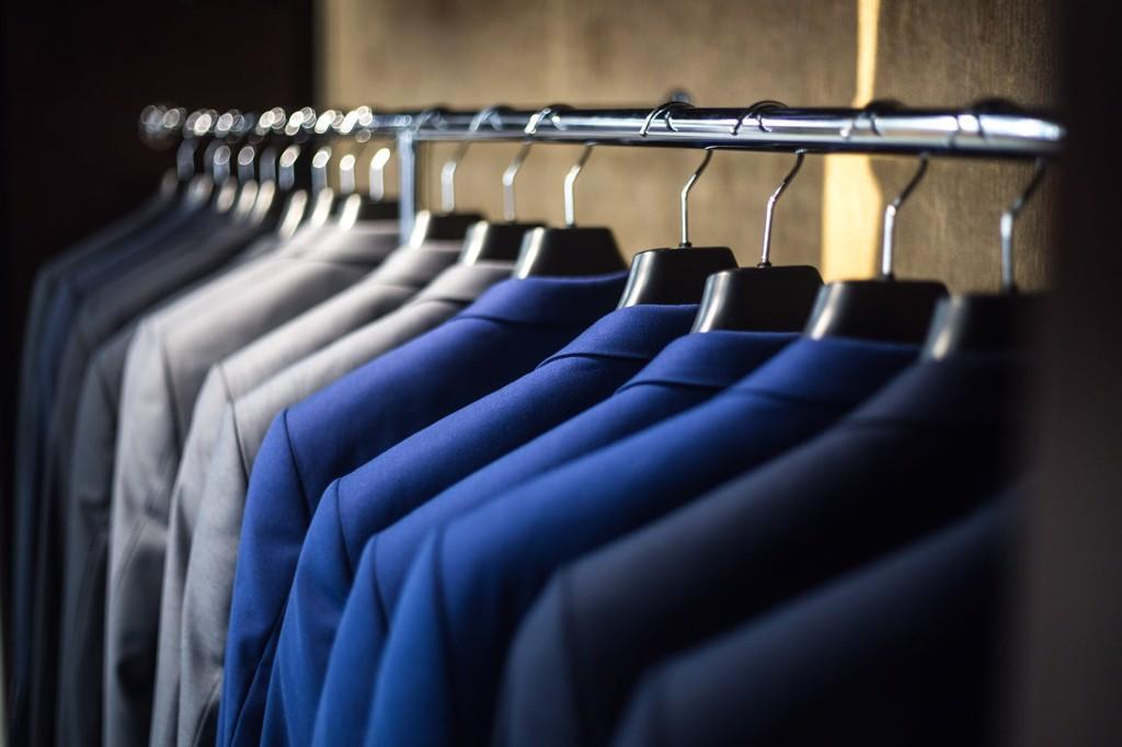 Các mẫu vest màu cổ điển