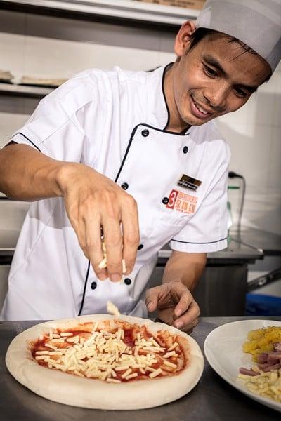 quoc te pizza 09-02 tại texgrill