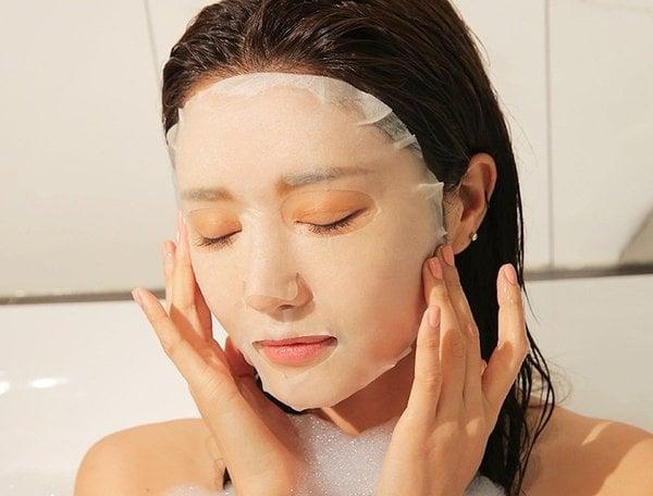 Dưỡng da pha lê chỉ 3 phút mỗi ngày với bí quyết của phụ nữ Nhật Bản
