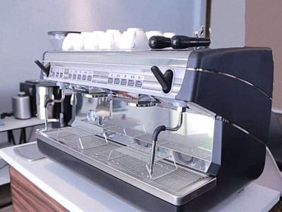 may-pha-cafe-nuova-simonelli-second-hand