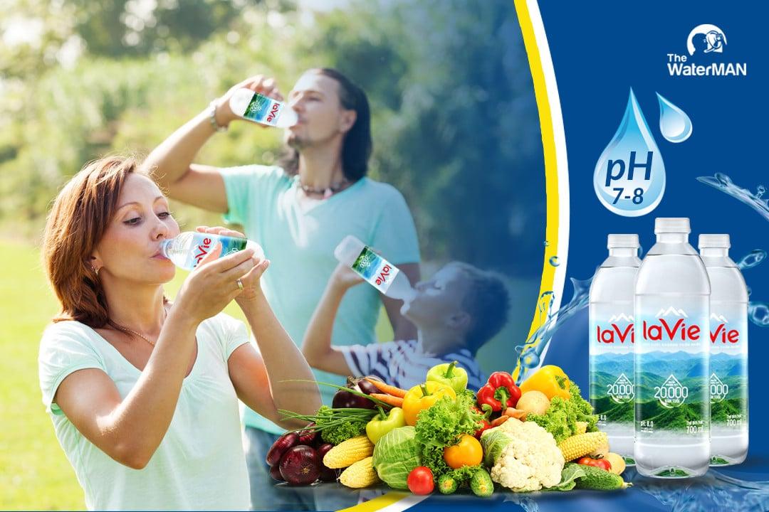 Nước khoáng là gì? Nên uống nước khoáng mỗi ngày không?