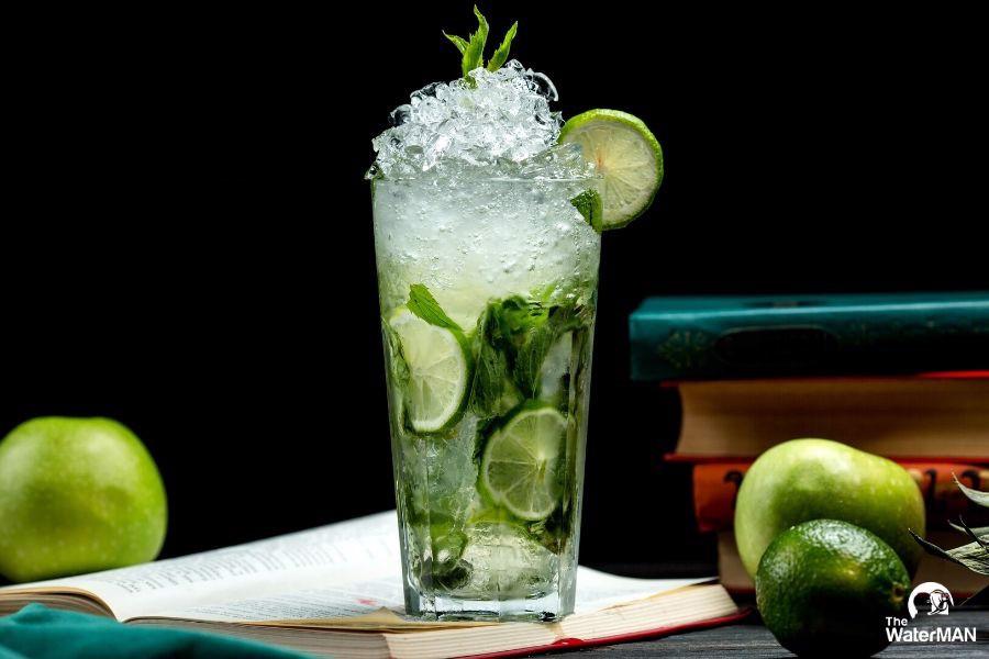 uống nước khi bị say nắng