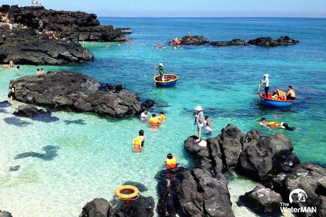 Ngoài suối khoáng Thạch Bích, Quảng Ngãi còn nổi tiếng với hòn đảo Lý Sơn