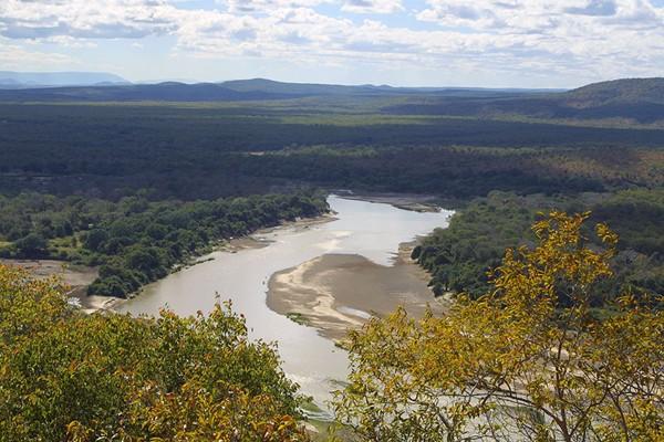 Không khí chứa nhiều nước hơn tất cả các con sông cộng lại