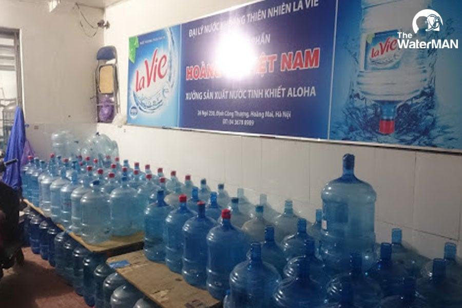 Xuất hiện nhiều cơ sở thu mua vỏ bình, chai để sản xuất nước kém chất lượng