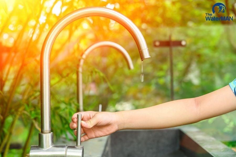 Tắt vòi nước khi không sử dụng
