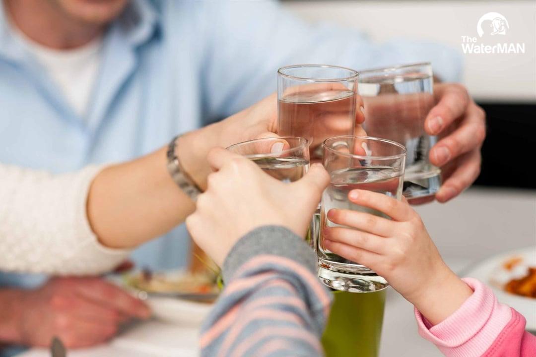 Uống nhiều nước làm giảm quá trình hấp thu
