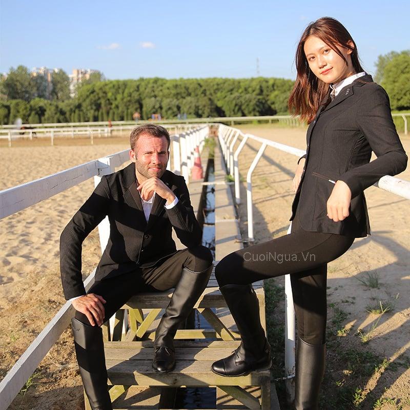 Dịch vụ thuê đồ cưỡi ngựa chụp hình đầu tiên tại Hà Nội