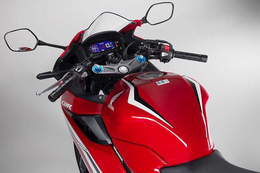 Honada CBR 500R trong khoảng giá 180 triệu - Honda Doanh Thu