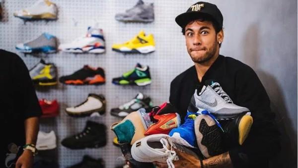tin tức về giày
