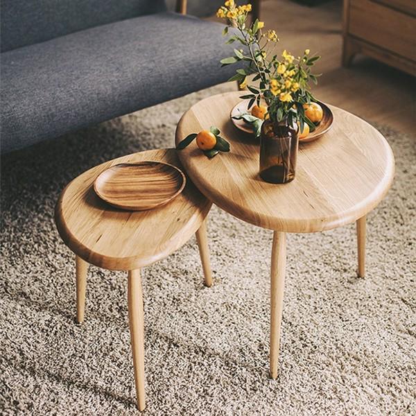 Bàn trà gỗ tự nhiên luôn được đổi mới về kiểu dáng, kích thước, phù hợp với nhiều không gian