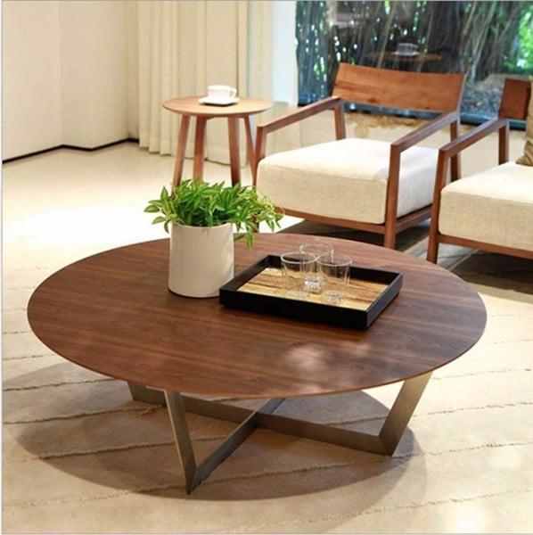 Bàn trà gỗ trầm nổi bật với mùi hương tự nhiên từ gỗ