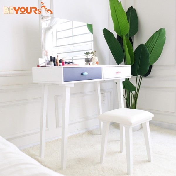 Bàn trang điểm Hàn Quốc B Charming Dressing Table phù hợp với những phòng diện tích hẹp nhờ kích thước nhỏ nhắn