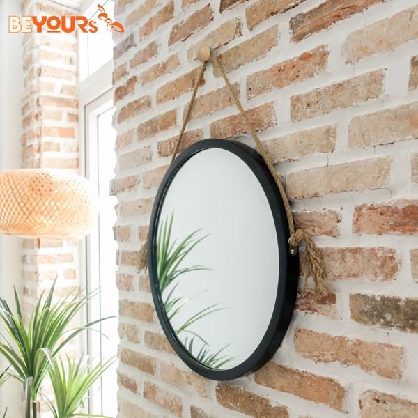 Gương tròn treo tường mang yếu tố phong thủy
