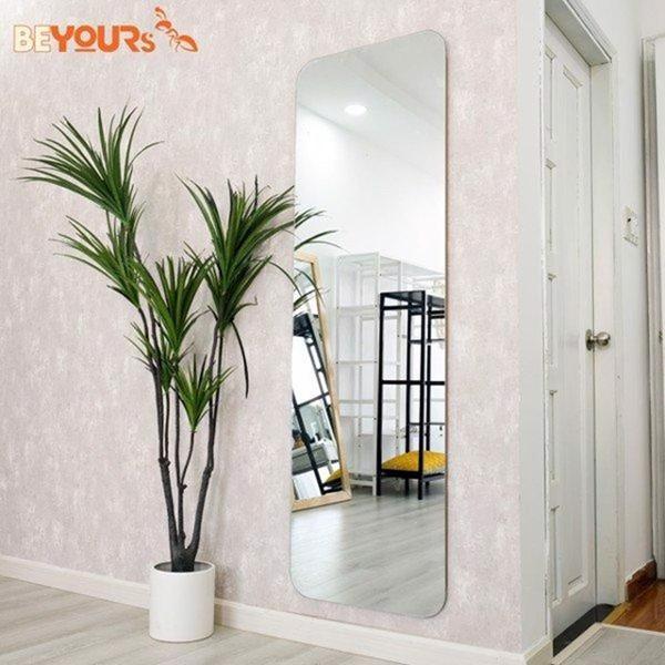 Gương treo tường trang trí cho không gian hiện đại