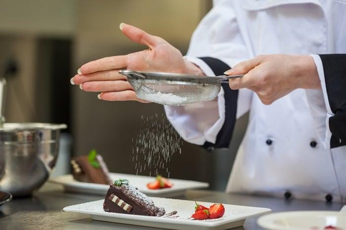 Đường làm bánh: Bạn có chắc đã dùng đúng loại cho món bánh của mình?