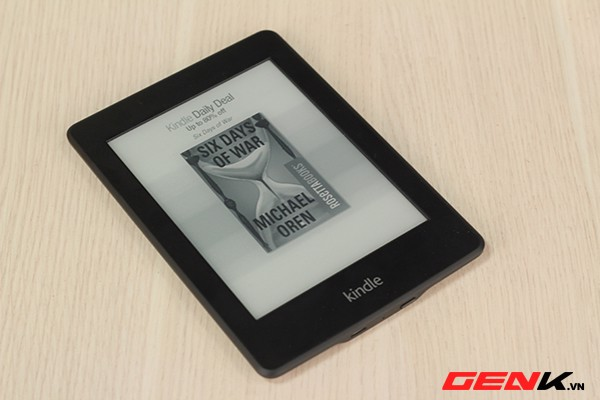 Review máy đọc sách amazon kindle paperwhite