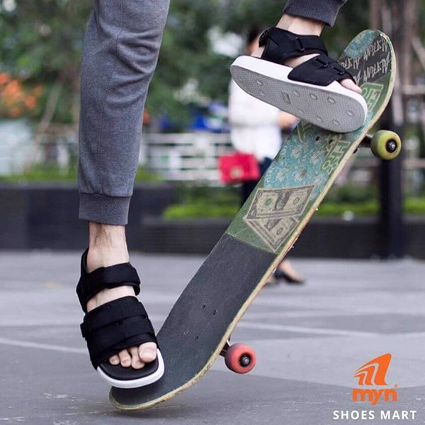 Màu đen cơ bản của sandal nữ cho học sinh