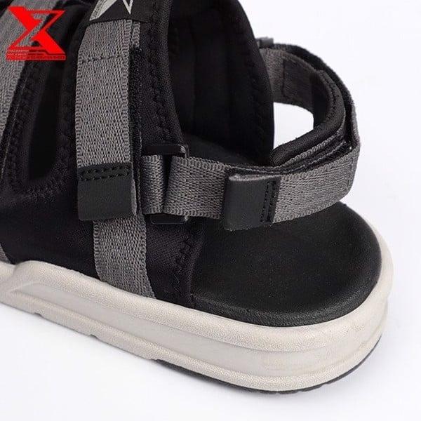 Thiết kế quai dán linh động của sandal nữ đi học