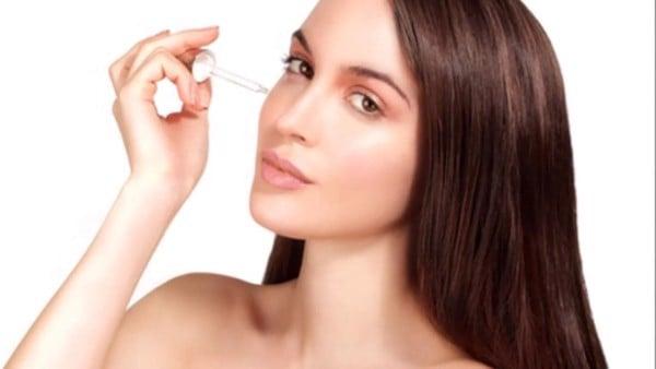 Xoá nếp nhăn quá dễ: một bí mật về cách lựa chọn serum được hé mở từ chuyên gia