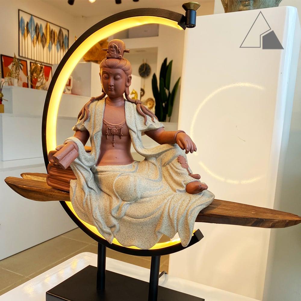 Tượng-gốm-Phật-Văn-Thù-Bồ-Tát