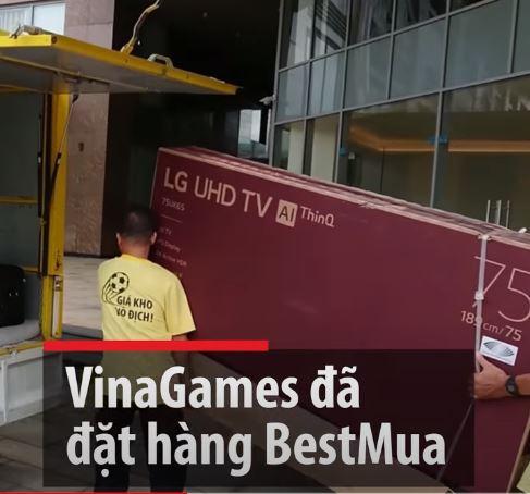 VinaGames đã đặt hàng BestMua 2 TV khủng cho văn phòng Q.2