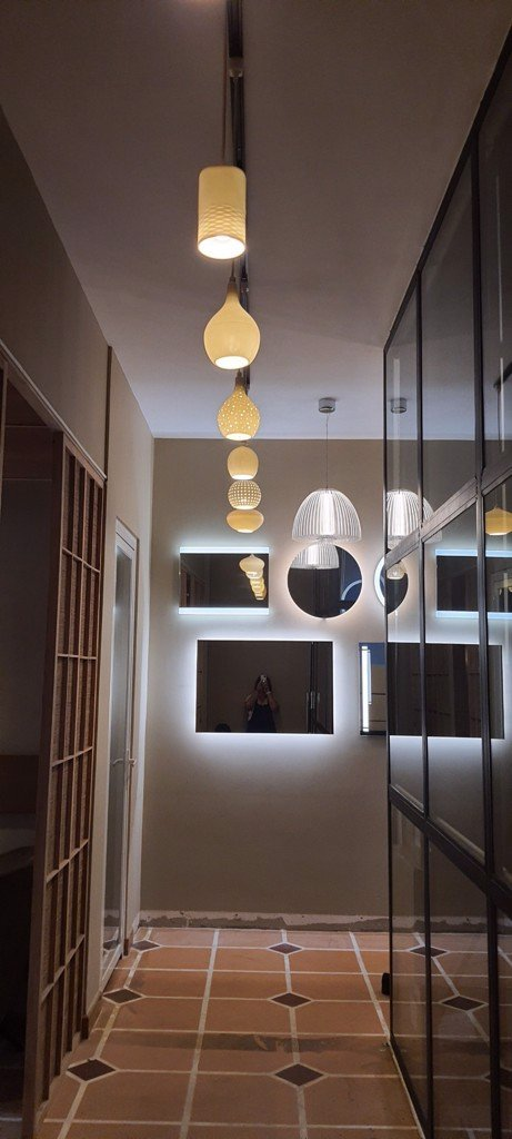 Tham quan Showroom Lighting Gallery - MotoM Việt Nam - Olympia Lighting